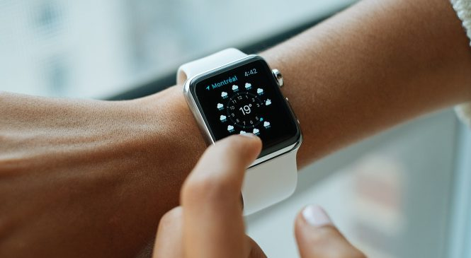 Apple launches new smart watch for tech savy